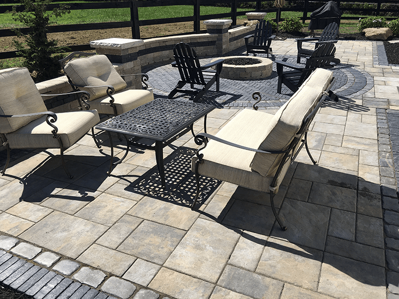 & Paver Patios and Seating Walls